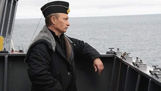 Pyotr_Velikiy_battlecruiser_41-620x350