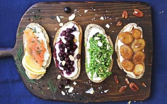 Ricotta_toast_with_smoked_salmon,_bleberry_lavender_compote,_peas_and_mint_and_caramelized_banana-large_trans++eo_i_u9APj8RuoebjoAHt0k9u7HhRJvuo-ZLenGRumA