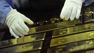 Зачем Россия и Китай тоннами скупают золото
