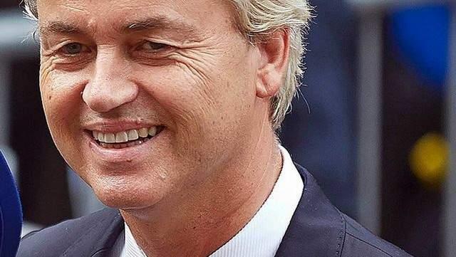 Подпись к изображению: Лидер Партии свободы Герт Вилдерс на ежегодной церемонии открытия нидерландского парламента «Prinsjesdag», 2014 год