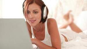 Люди, скачивающие пиратскую музыку, возможно, являются самыми лучшими пользователями