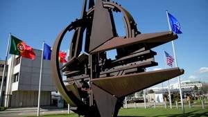 Почему Россия загнала НАТО в угол