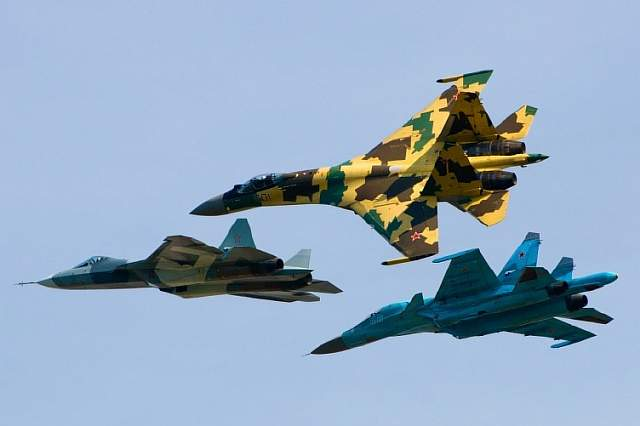 sukhoi_su-35s_su-34_and_t-50_flying_together