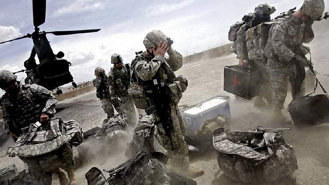 111007021116-chinook-afghan-war-horizontal-large-gallery