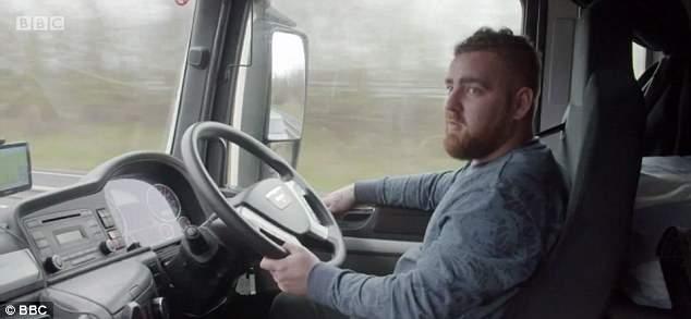 34F8F76300000578-3627276-Truck_driver_Leon_believes_men_having_penis_enlargement_surgery_-a-14_1465213890096