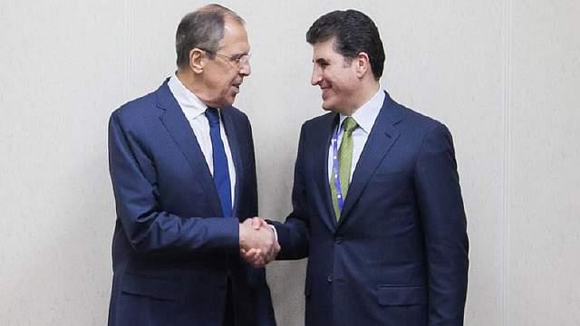 Подпись к изображению: министр иностранных дел России Сергей Лавров и премьер региона Курдистан Нечирван Барзани на Санкт-Петербургском международном экономическом форуме 16 июня 2016 года. (Фото: Региональное правительство Курдистана)