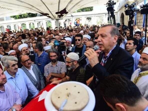 Erdogan-Burak-Kara-e1468773451423-640x481