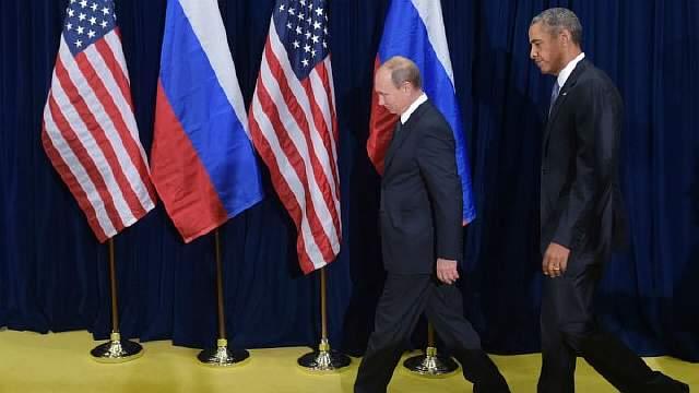Obama-poutine-drapeaux-m
