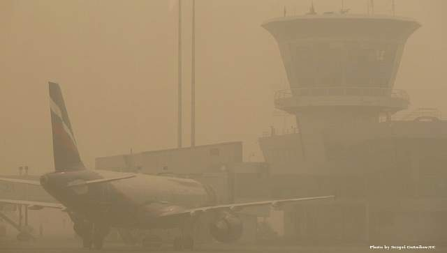 Smoke_from_forest_fires_Sheremetyevo_20100807_01 Cropped_1469527163