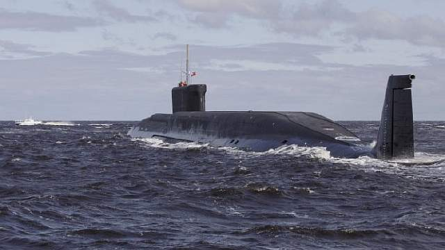 Подпись к изображению: Главный проект ВМФ Российской Федерации – атомная ракетная подводная лодка «Юрий Долгорукий» (проект 955/955A). Завершение производства и ввод в эксплуатацию восьми подобных кораблей ожидается в начале 2020-х годов