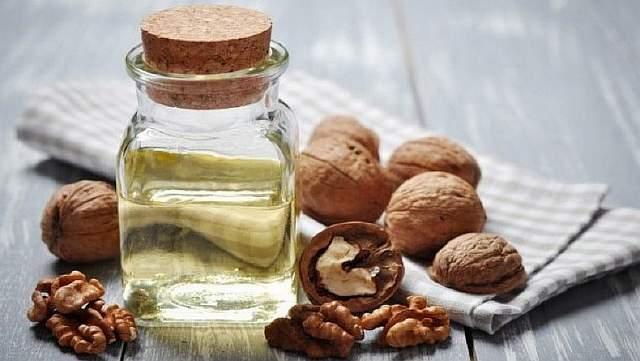 Другие полезные свойства орехового масла