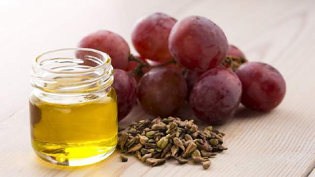 Где и как применяют виноградное масло