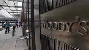 Moody's меняют прогноз для банковской системы России с негативного на стабильный