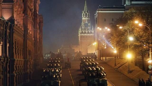 russia_moscow_-military_red_square_rianovosti_sergey-savastjanov-cc