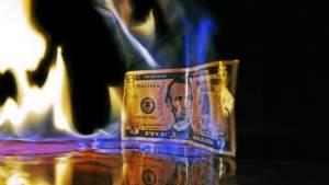 Мировые центральные банки избавляются от американских облигаций пугающими темпами