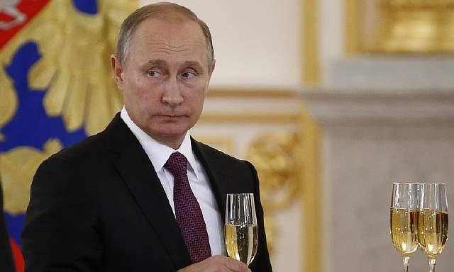 Подпись к изображению: Не существует никаких признаков, что Россия или Путин «болеют» за Трампа. На самом деле, можно сказать, что Москва даже предпочла бы Хиллари Клинтон, как нечто хорошо известное