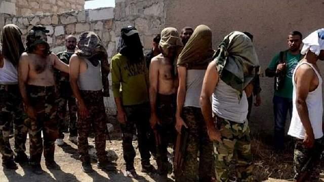 Боевики вооруженных формирований в Сирии сдаются правительственным войскам, Алеппо, 2 августа 2016