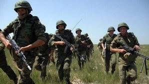 Нынешняя Россия проецирует мощь при помощи современной армии