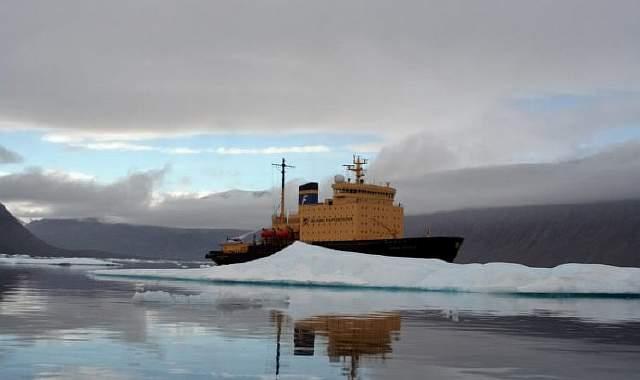 Icebreaker_Kapitan_Khlebnikov_in_Arctic-800x475