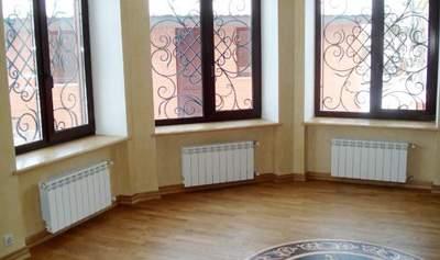 vybor-radiatorov-otopleniya-dlya-chastnogo-doma-imeet-svoi-osobennosti
