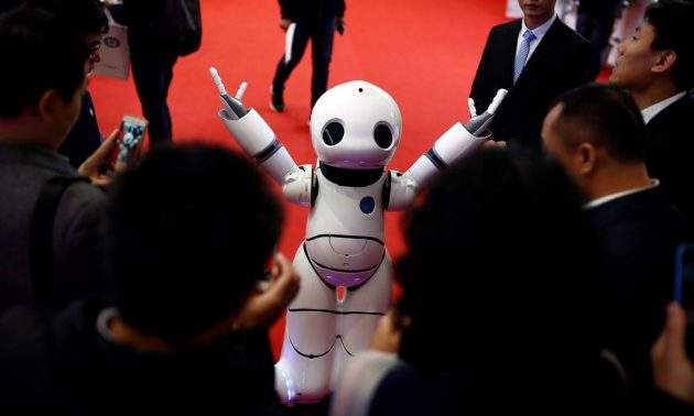 2016-10-21T085700Z_812068569_D1BEUIFITGAA_RTRMADP_3_CHINA-ROBOTS-630x378
