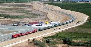 Из-за железной дороги из России в Индию Суэцкий канал теряет значимость