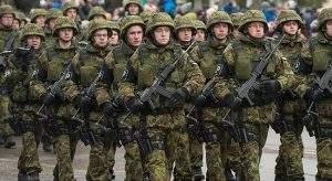 Вопреки санкциям, Россия увеличивает расходы на оборону