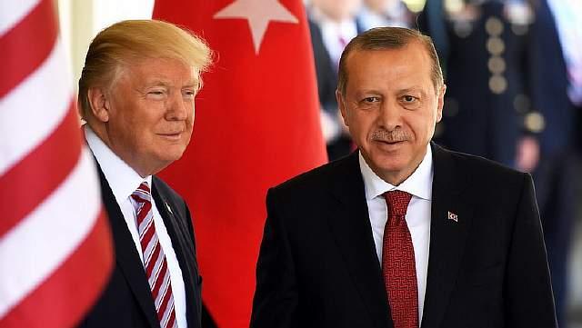Подпись к изображению: Дональд Трамп и Реджеп Эрдоган в Белом доме.