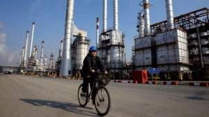 Иран и Россия заключили сделку «нефть в обмен на товары»