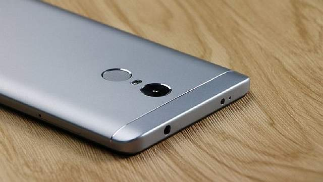Xiaomi_Redmi_Note_4X_mobile_phone-8