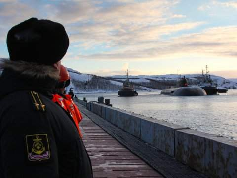arrival-of-the-northern-fleet-nuclear-submarine-oryol-in-the-permanent-base-in-murmansk-russia