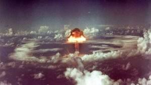 Американский сенатор: США необходимо выйти победителем в ядерной «гонке вооружений» с Россией и Китаем