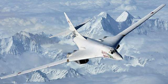 landscape-1497292265-air-to-air-with-a-tupolev-tu-160