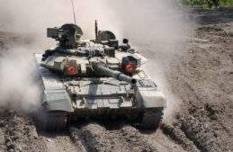 2-t90s-tank