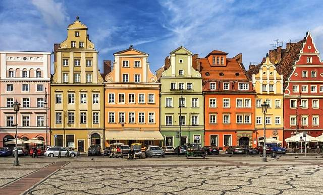 poland-colorful-houses-europe-GettyImages-700708311