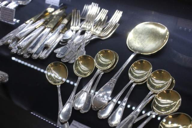 старинное-серебро-купить-в-подарок