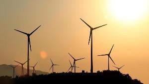 В России введена в эксплуатацию первая коммерческая ветряная электростанция