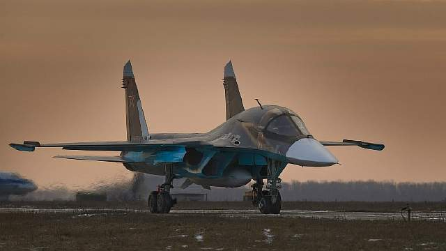 Aviation_Su-34_at_the_airbase_Baltimore_096263_
