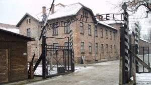 Израильский Еврейский Конгресс призывает мировую общественность уважительно относиться к поминовению Холокоста
