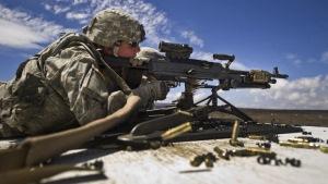 Пентагон направит в Европу новую боевую технику, чтобы противостоять России
