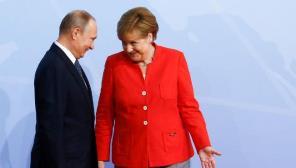 Германия возглавляет пятую колонну, срывающую американскую блокаду России