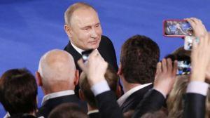 Патрик Бьюкенен: Россия махнула рукой на Запад