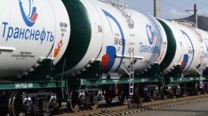 Присоединяться к решению ОПЕК снизить добычу нефти — не в интересах России