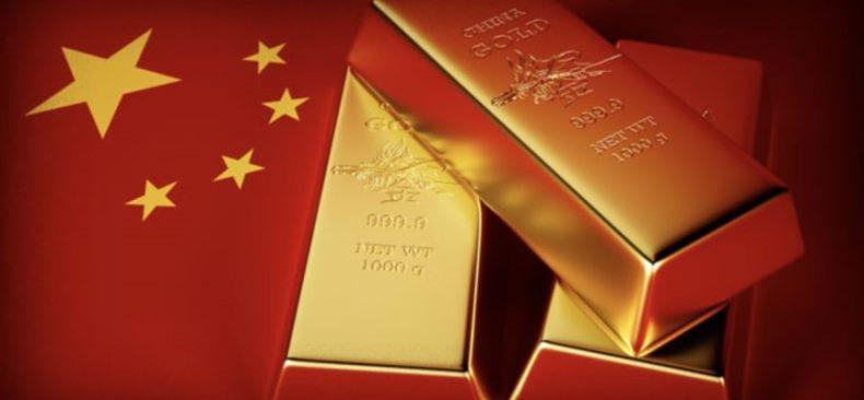 FT: Китай наращивает закупки золота, готовясь к отказу от доллара