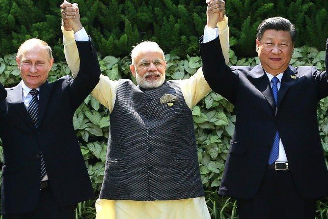 Китай рассчитывает на поддержку Индии и России в создании новой многосторонней торговой системы