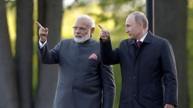 Индия и Россия: новое сближение с любовью и опасениями
