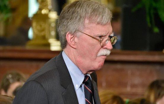 GlobalResearch: К снятию Болтона с должности привели его провалы в Венесуэле, Иране, Афганистане и России
