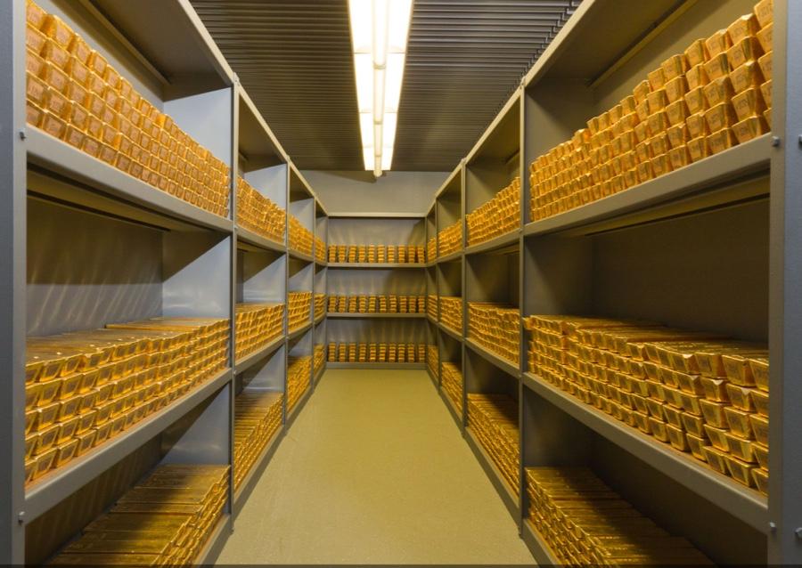 Сербия и Словакия присоединяются к Польше во внезапном всплеске репатриации золота в Восточной Европе