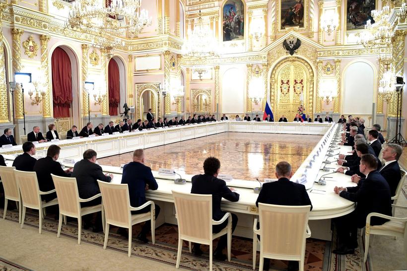 Financial Times: российским олигархам скоро придется решать, кому передать свои империи