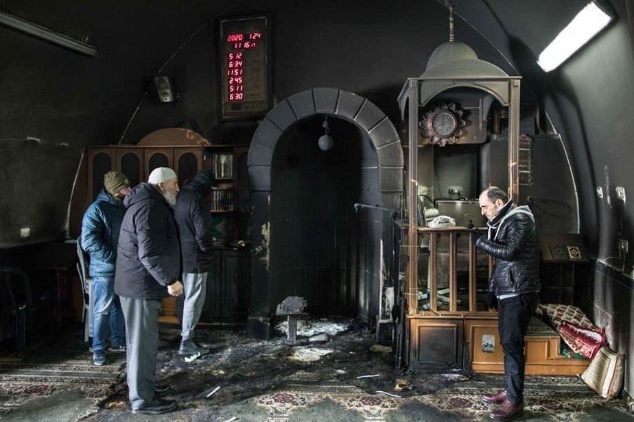 Израильские активисты сообщают, что еврейские поселенцы сжигают церкви и мечети на оккупированных территориях